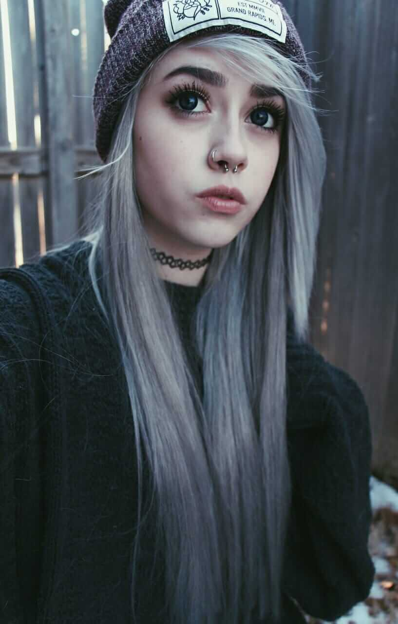 Pastel Goth Kawaii White Dyed Hairstyle