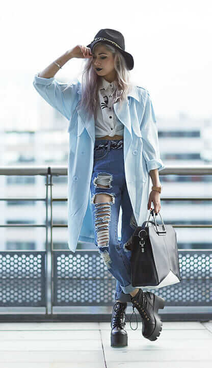 Felt Fedora Hat, Cat Shirt white, Ripped Boyfriend Jeans, Finely Oversized Trench light blue, Barbette Platform Boots black