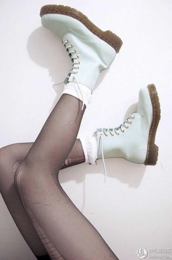 Dr Martens Alix White Boots
