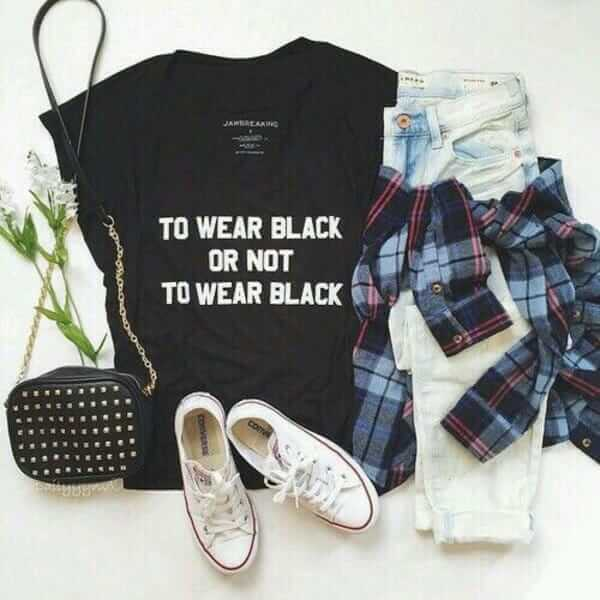 Grunge outfit idea nº22: Black print T, plaid shirt, black studded handbag, white low-top Converse Chuck Taylors, washed out ripped jeans
