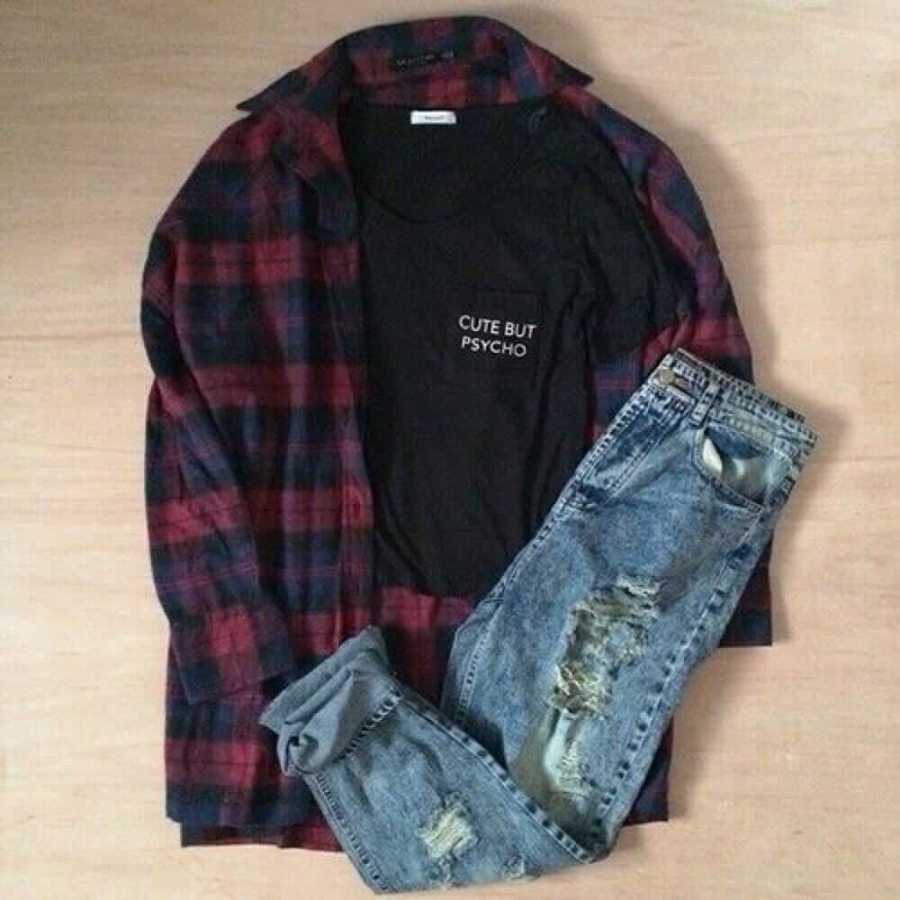 0f5188febd8d8 Grunge outfit idea nº7: Dark flannel patterned shirt, ripped blue jeans,  black T