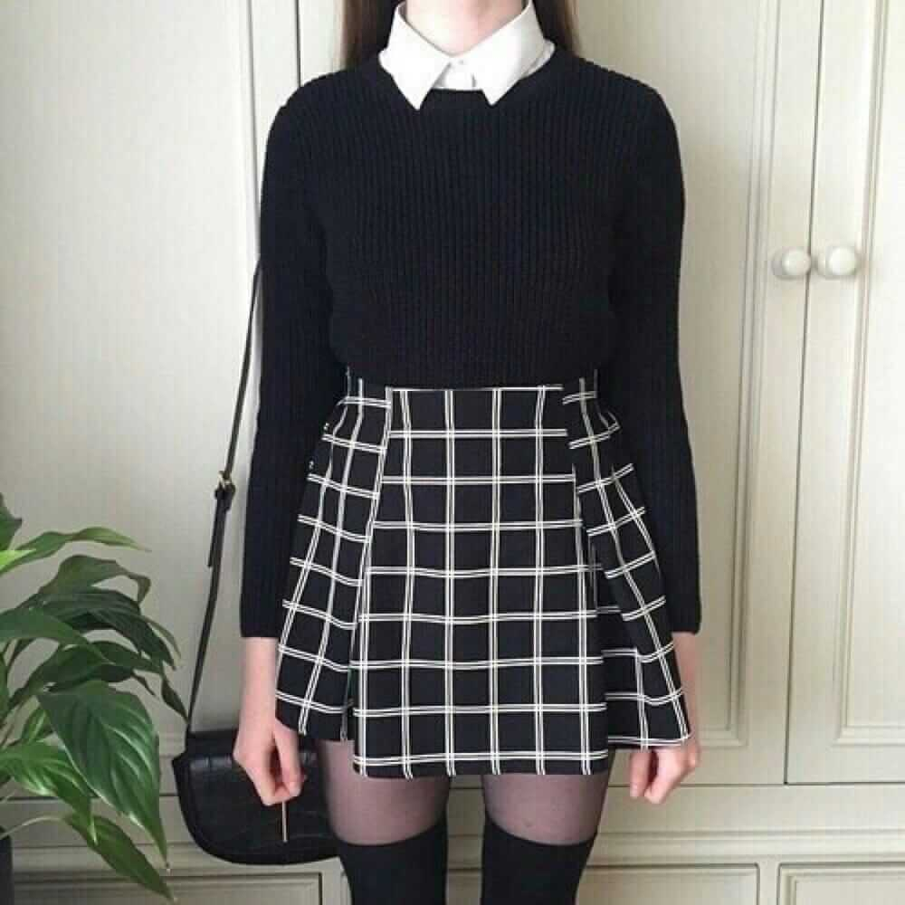 Nu Goth Fashion Tip Number 11 - Plaid skirt