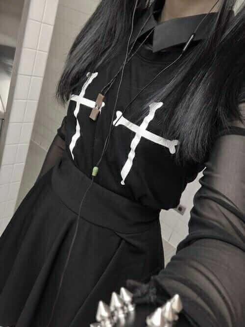 Nu Goth Fashion Tip Nº 12: Black Dress with Cross & Black Skirt