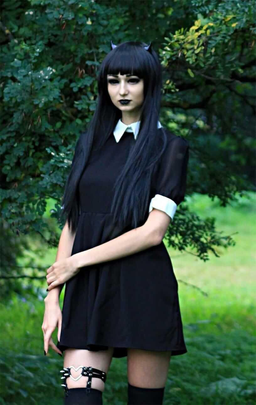 Nu Goth Fashion Tip Nº16: Black Collared shirts