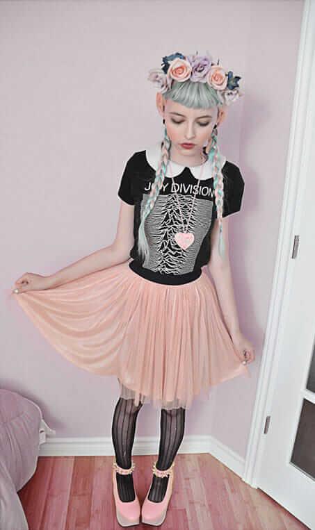 16 Fashion Tips On How To Dress As Fairy Kei
