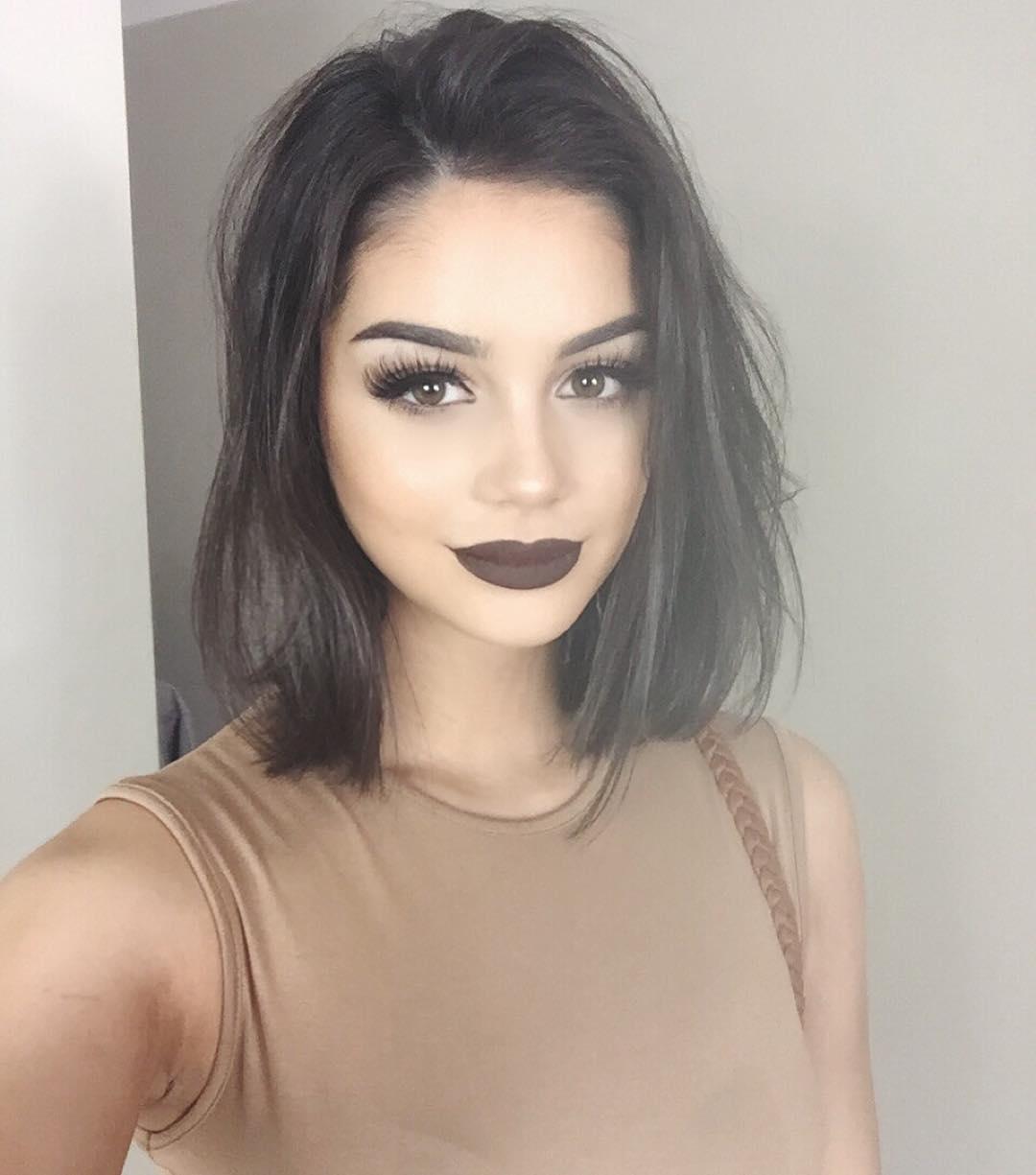 Isabella Fiori with liquid lipstick from Jeffree Star Cosmetics