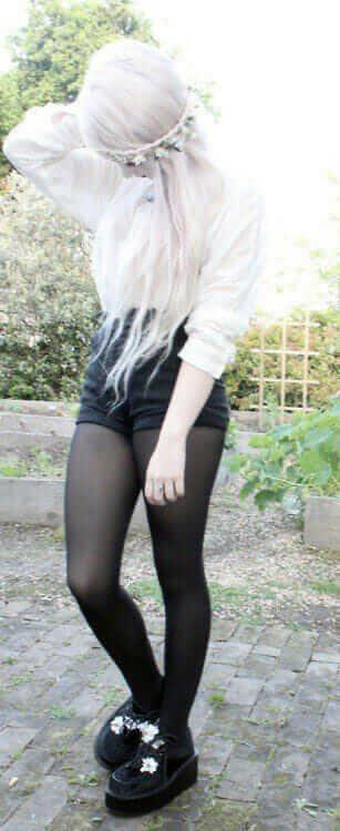 Pastel goth girl with white hairstyle wearing Pantyhose leggings