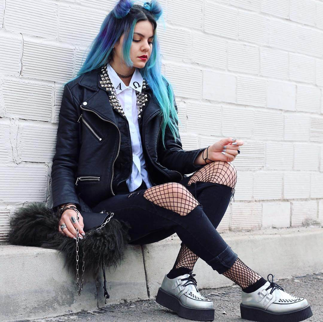 c957f01b1b 22 Grunge Outfits ideas with Fishnet Tights - Page 10 of 22 - Ninja ...