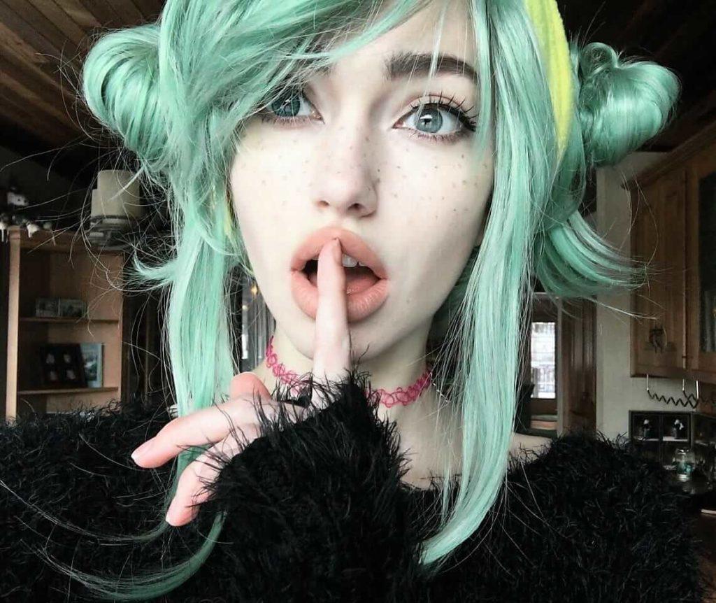 Pastel green dye with hair buns by skin&bones