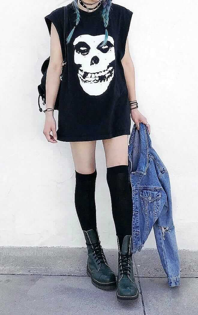 a14cb4d9647 23 Cool Dark Grunge Outfit Ideas - Ninja Cosmico