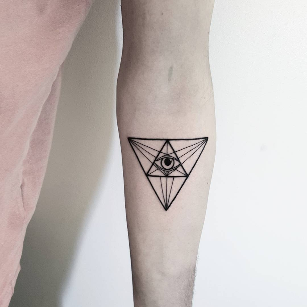 Eye With Triangle Tattoo: 23 Geometric Tattoos Ideas