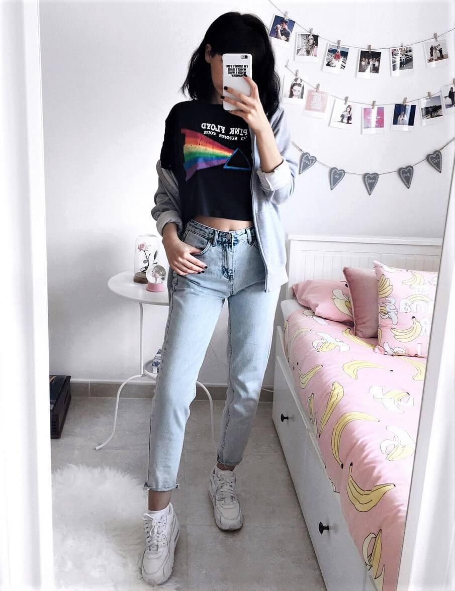 Graphic Pink Floyd printed tee, jeans & Nike shoes by deaddsouls