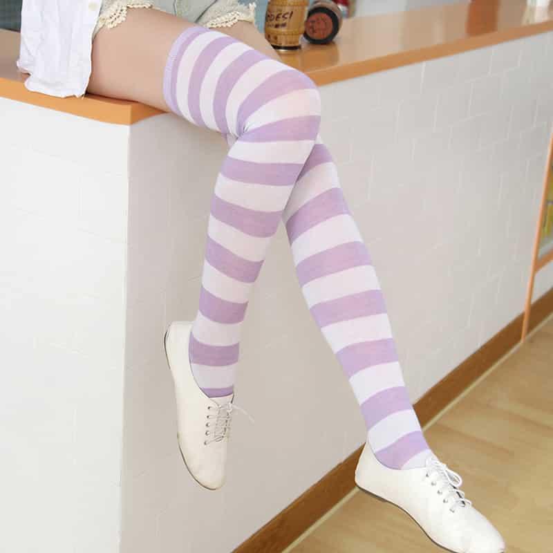 striped-socks-porn-emo-dorm-girl