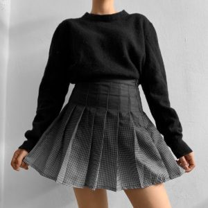 Gradient High Waist Skirt by @annnlenn