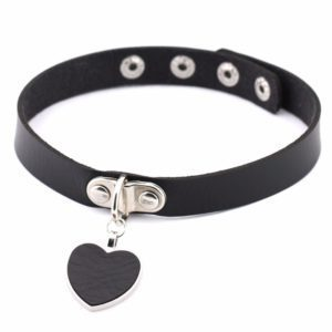 Leather Heart Pendant Choker